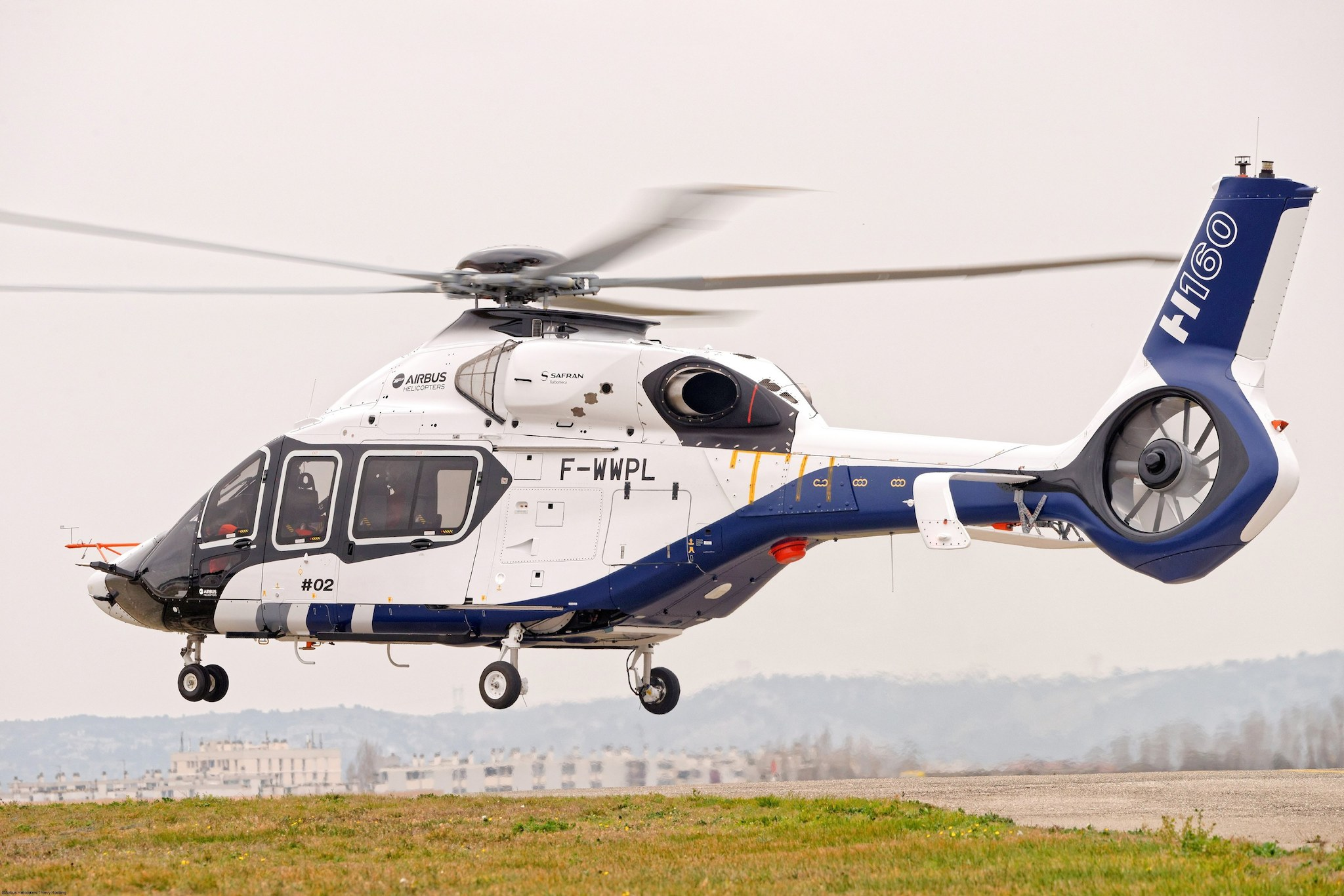 H160 ©Airbus Helicopters