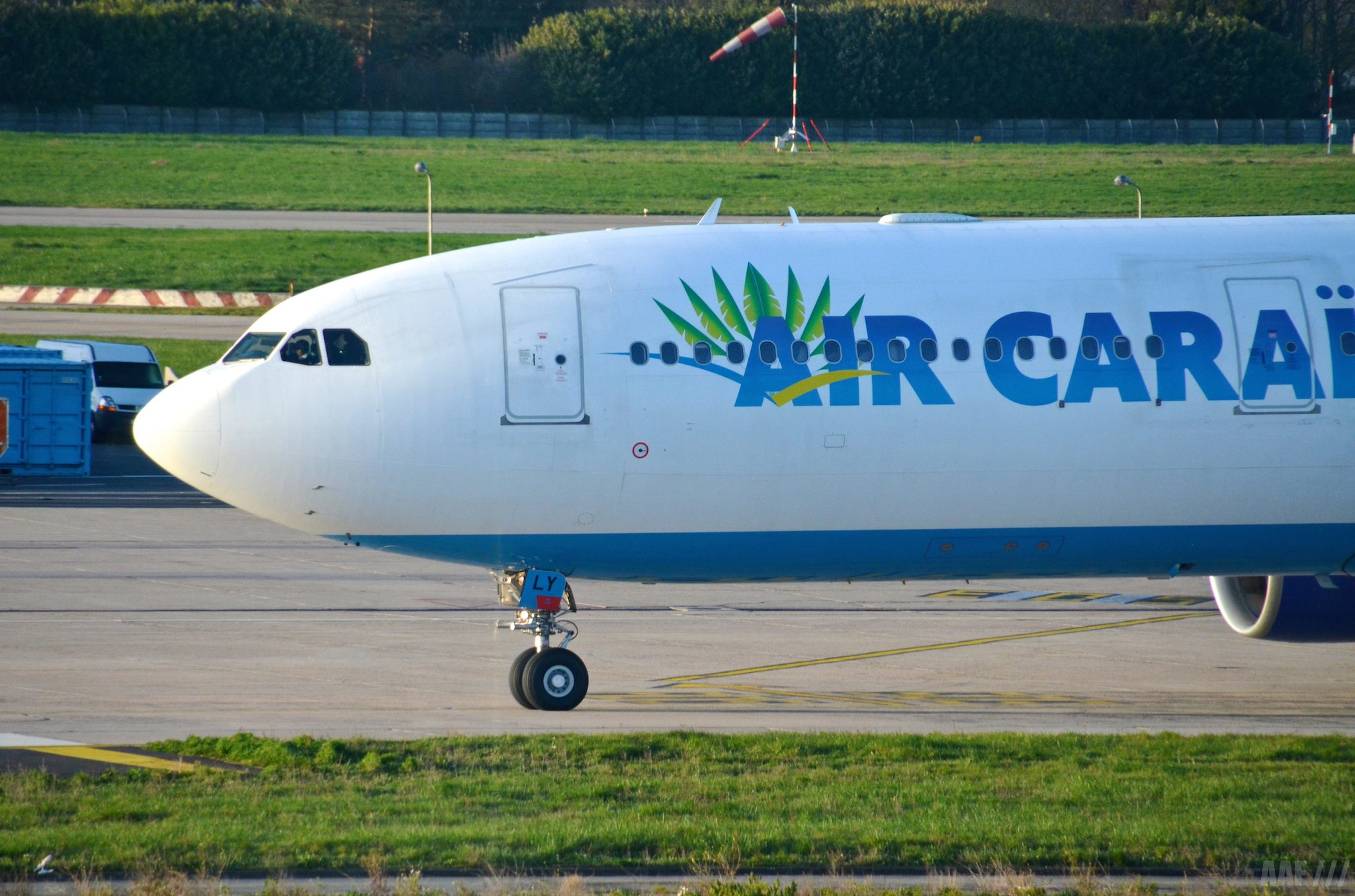 A330 AIR CARAIBES close - ORY - AAF_Aviation