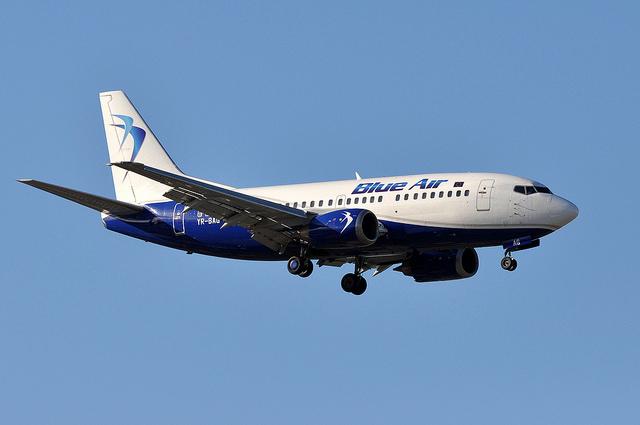 B737 Blue Air par ERIC SALARD sous (CC BY-SA 2.0)