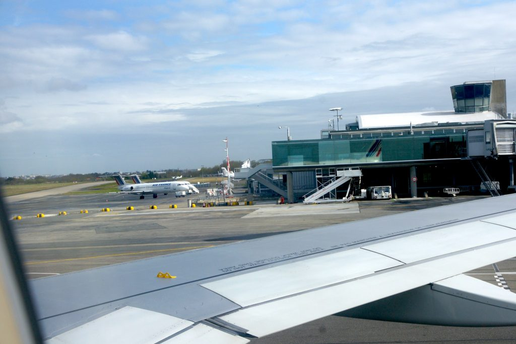 Aéroport de Nantes! par Daggett.fr sous (CC BY-SA 2.0) - https://www.flickr.com/photos/gnudaggett/3562765346/ https://creativecommons.org/licenses/by-sa/2.0/