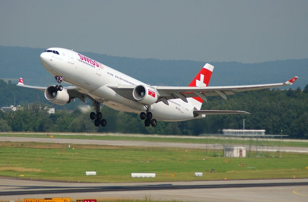 Swiss Airbus A330-223; HB-IQJ@ZRH;20.07.2007/479ar par Aero Icarus sous (CC BY-SA 2.0) https://www.flickr.com/photos/aero_icarus/4300566613/ https://creativecommons.org/licenses/by-sa/2.0/