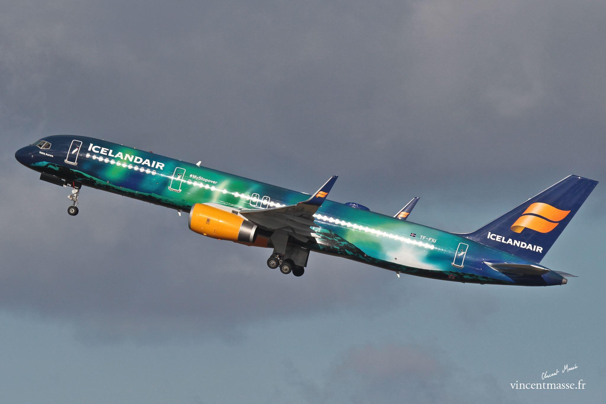 B757 Icelandair >