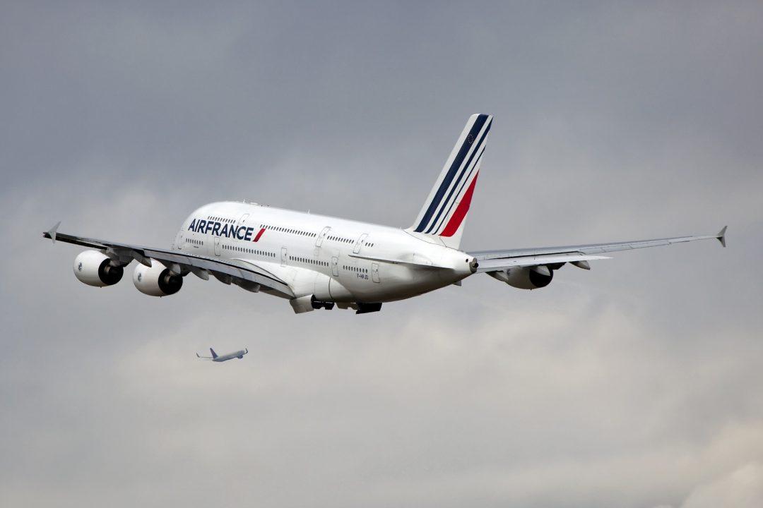 F-HPJD A380 Air France & Delta B767 par Maarten Visser sous (CC BY-SA 2.0)