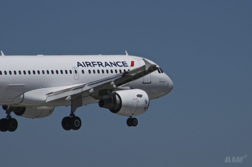 A319 Air France Biarritz - AAF_Aviation