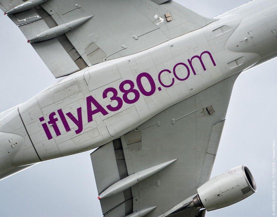 Suivre Airbus Industrie Airbus A380-861 cn 004 F-WWDD