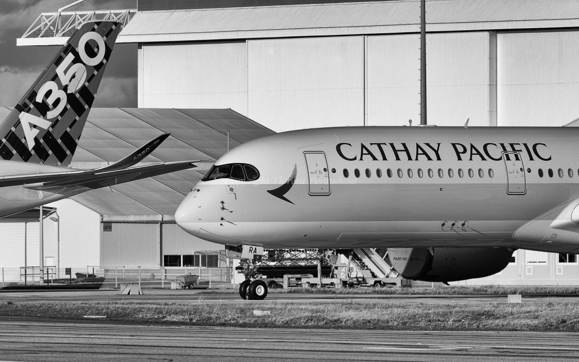 F-WZFX // B-LRA Cathay Pacific Airbus A350-941 - cn 029
