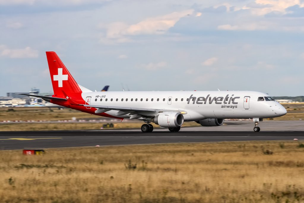HB-JVQ Helvetic Airways Embraer ERJ-190LR (ERJ-190-100 LR) departing via Rwy18 to Zurich (ZRH)