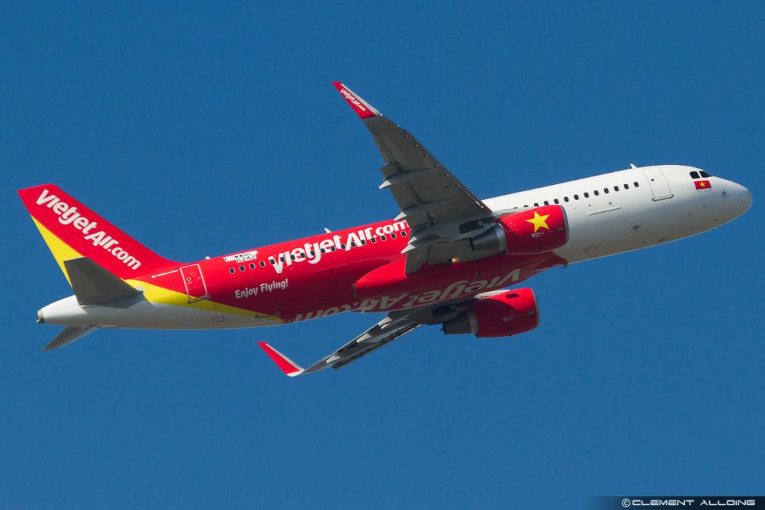 VietJetAir Airbus A320-214(WL) cn 6242 F-WWBI // VN-A696