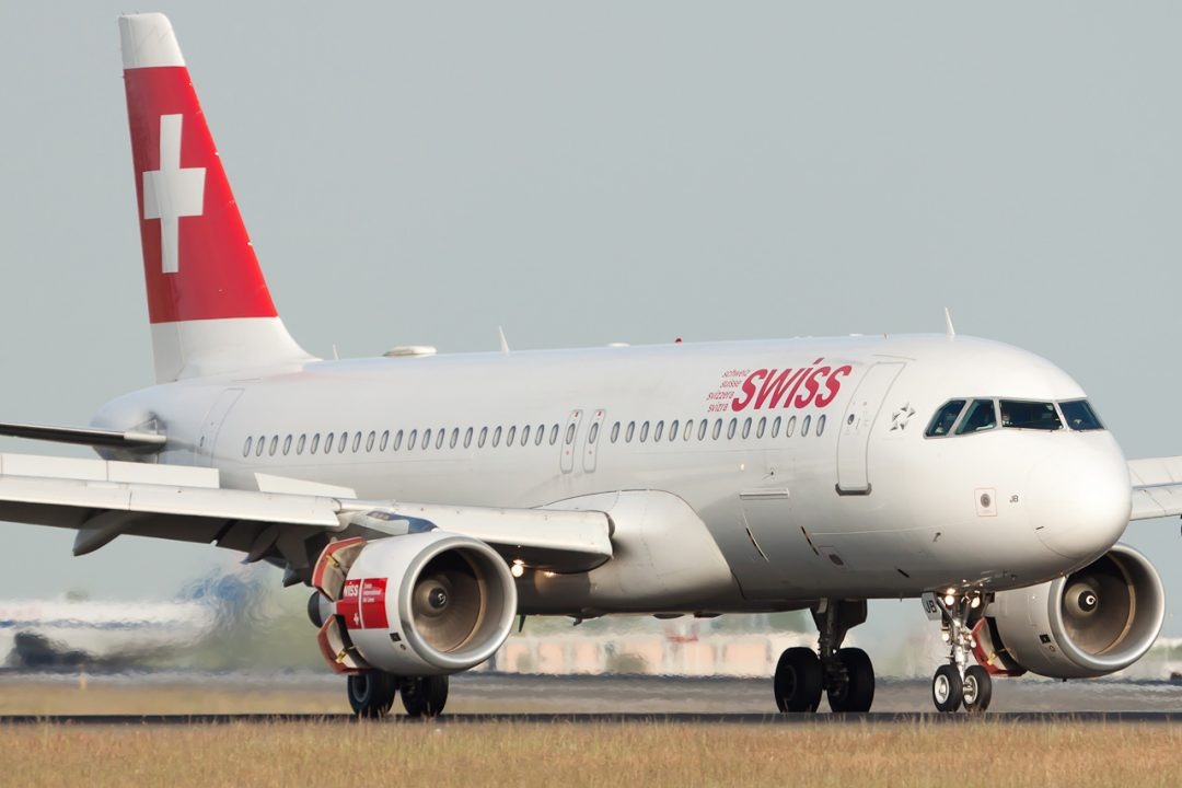 Swiss International Air Lines Airbus A320-214 Remark Photographer HB-IJB cn 545