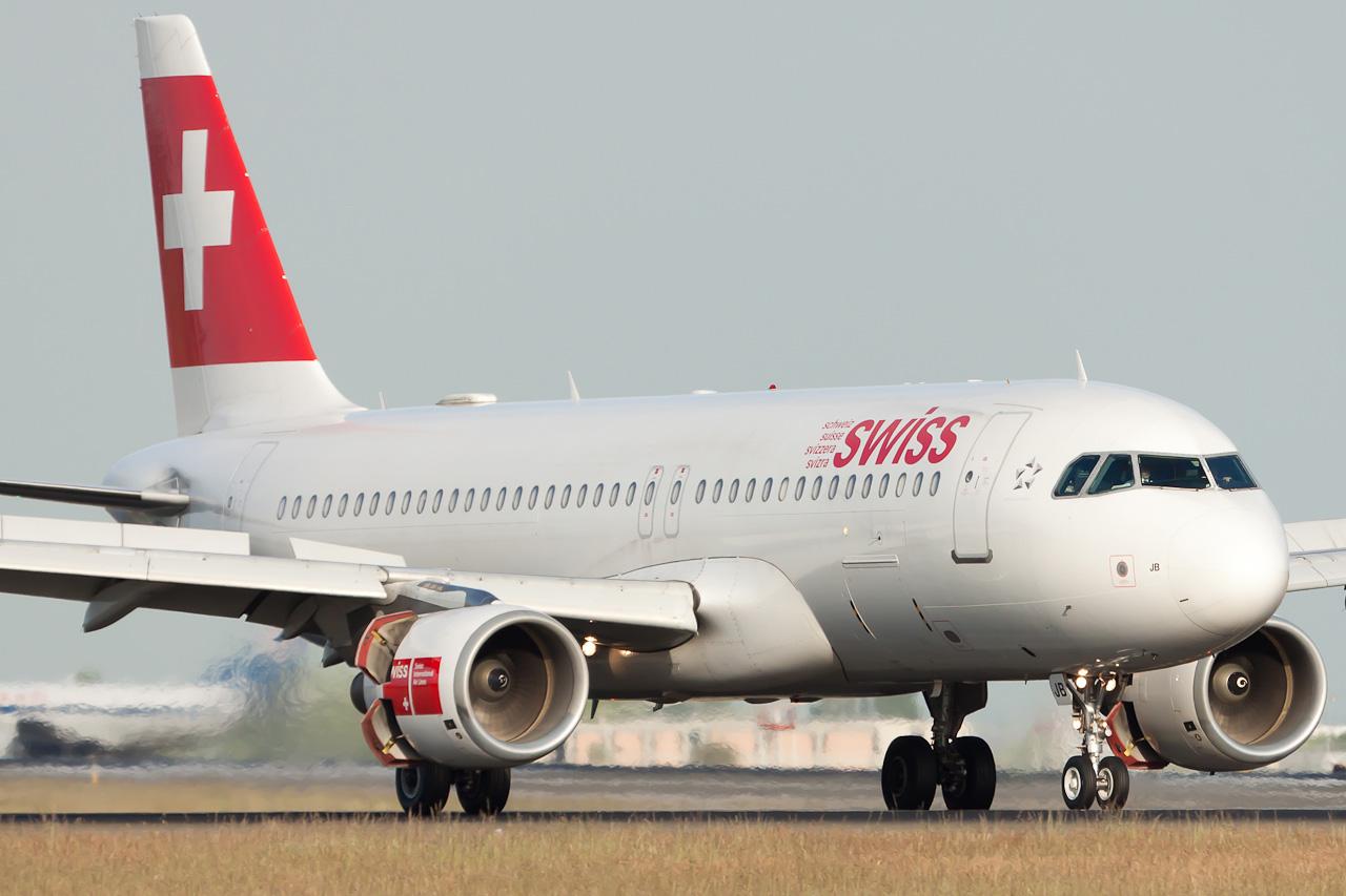 Swiss International Air Lines Airbus A320-214 Remark Photographer HB-IJB cn 545