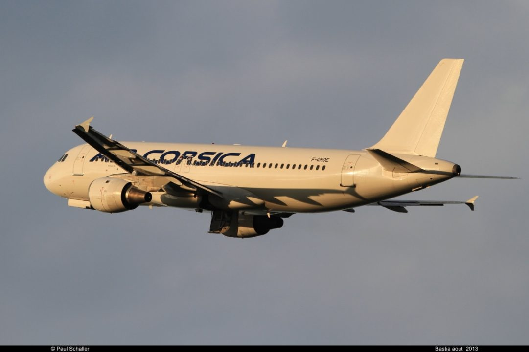 """AIRBUS A320 211 """"AIR CORSICA"""" F-GHQE"""