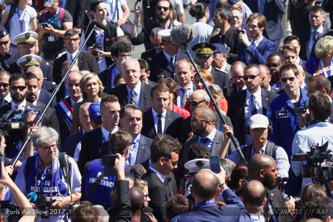 Arrivée du Président Macron pour l'ouverture du salon