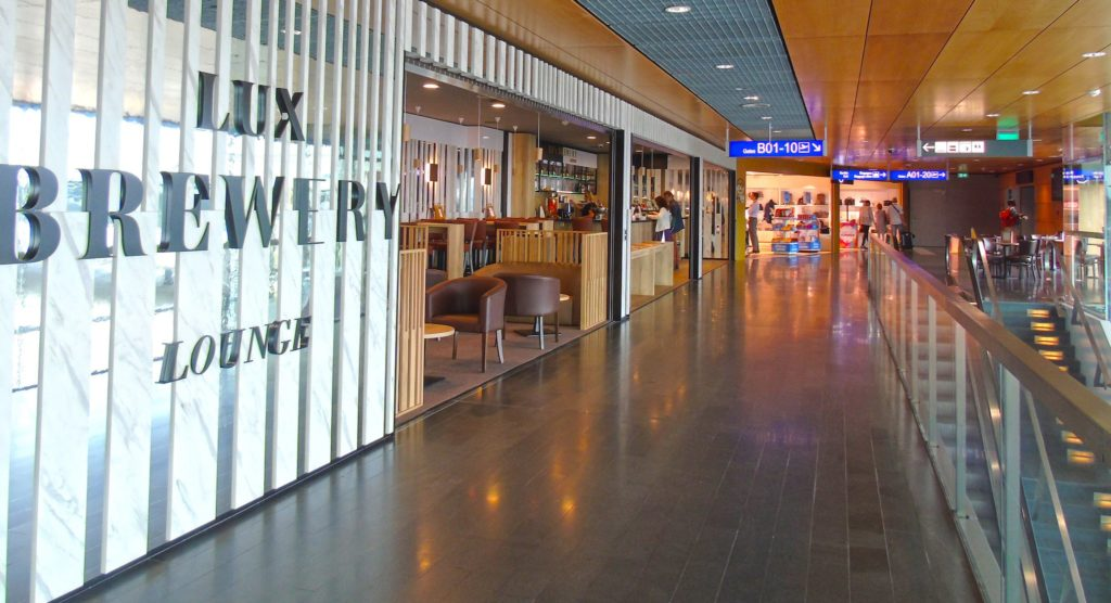 nouveau bar « Lux Brewery Lounge » Terminal B