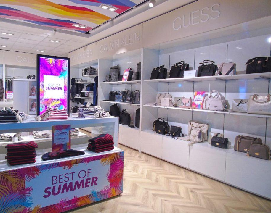 « Aelia Fashion Store » Terminal B