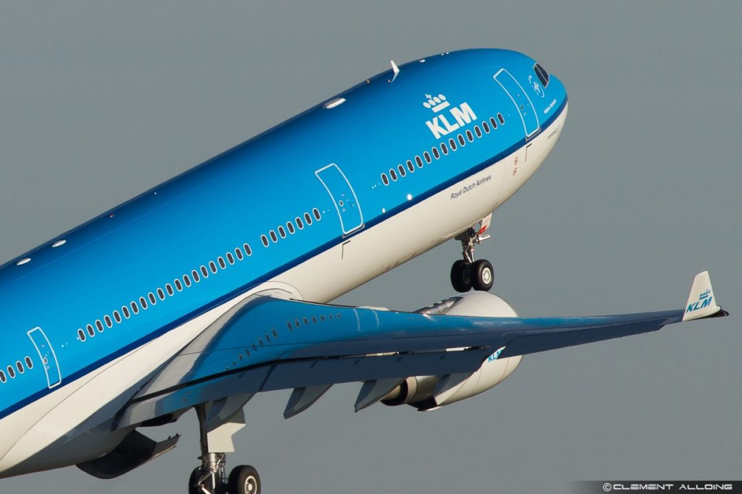 KLM Royal Dutch Airlines Airbus A330-303 cn 1580 F-WWCD // PH-AKF