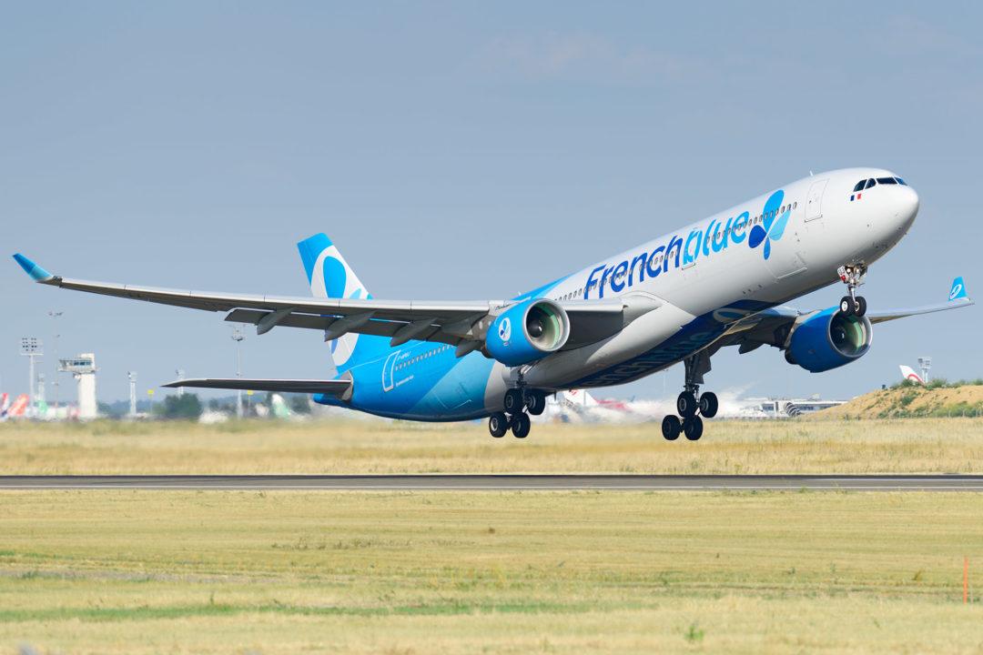 A330-300 French blue au décollage à Orly