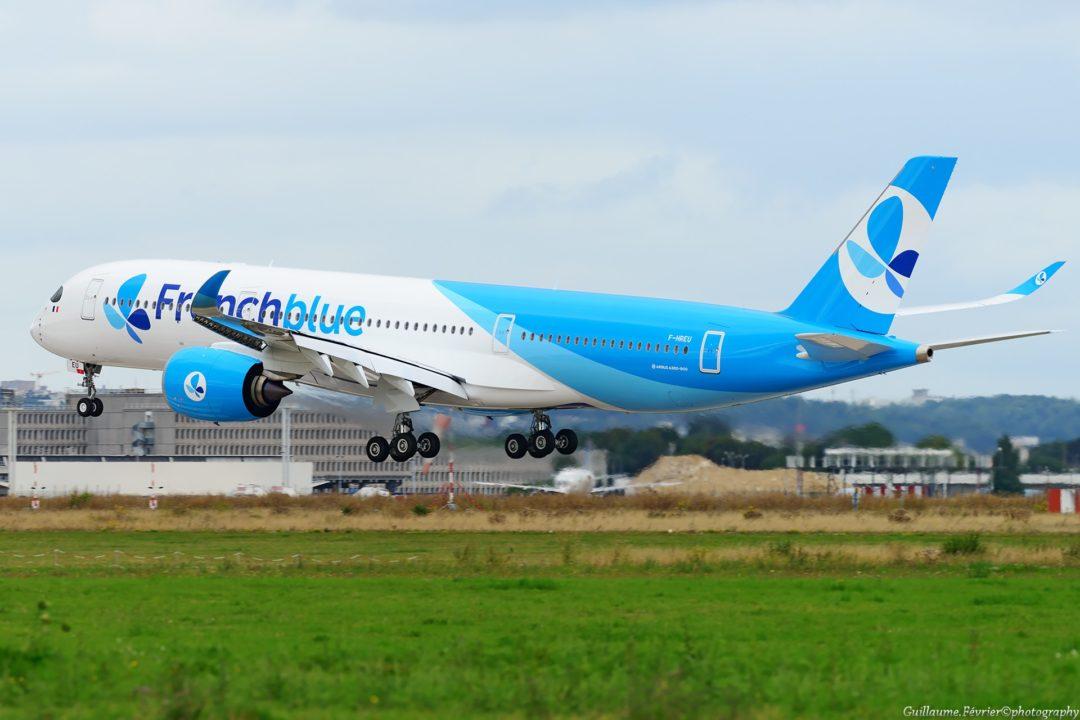 A350-941 French Blue F-HREU en entrainement atterrit à Orly le 21 août 2017