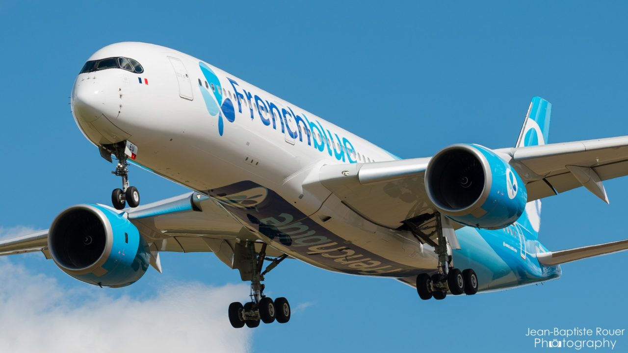 A350-941 French Blue F-HREU en entrainement à Chateauroux