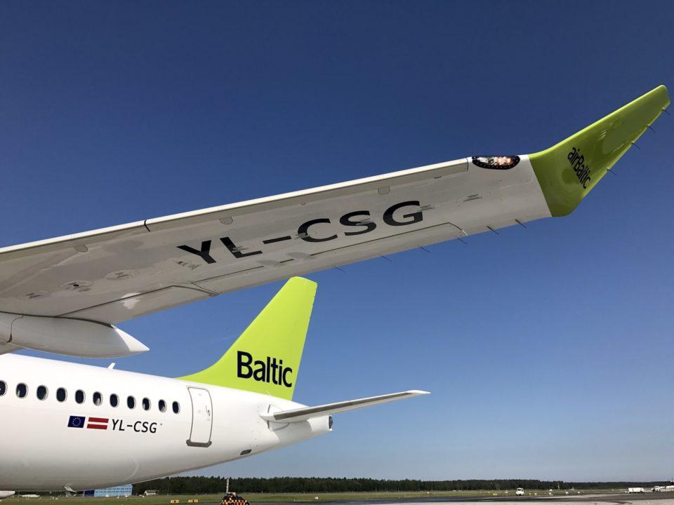 YL-CSG le 7e Bombardier CS300 AirBaltic