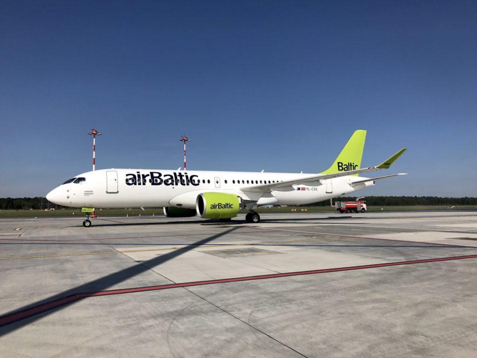 7e Bombardier CS300 AirBaltic