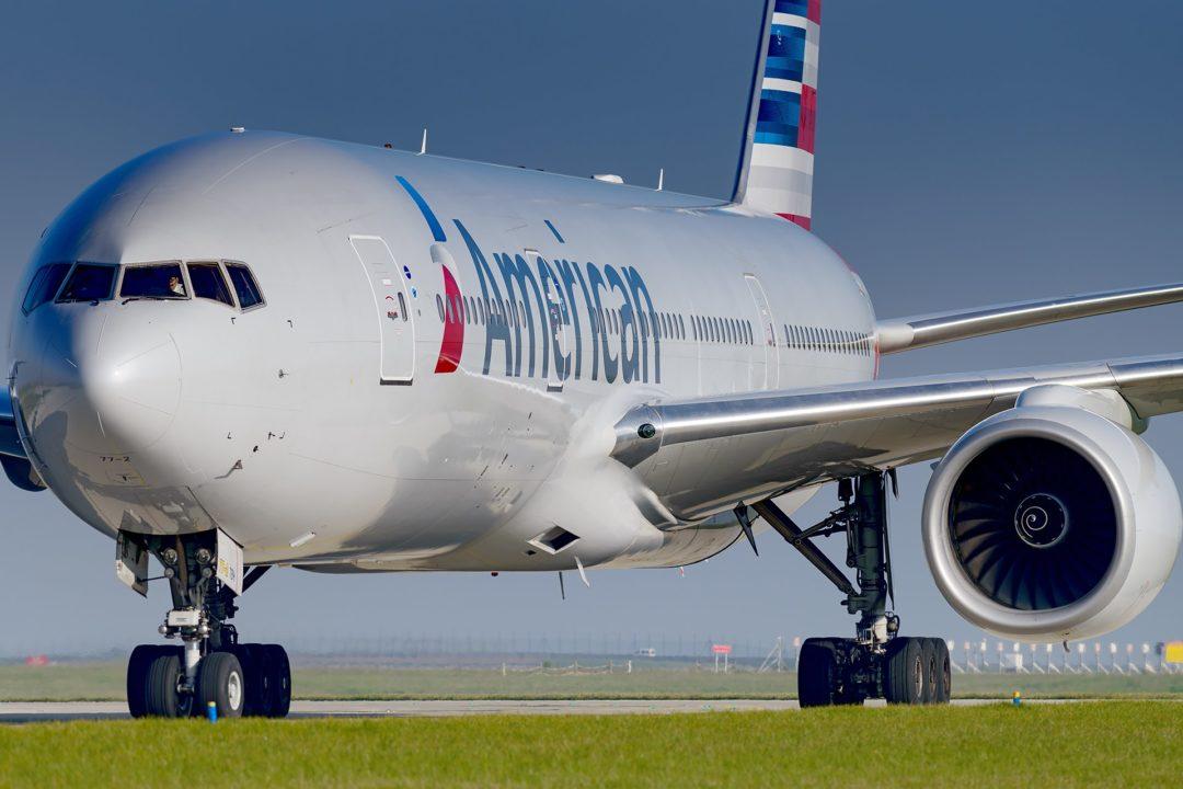 Boeing 777-200 Americain Airlines à Paris
