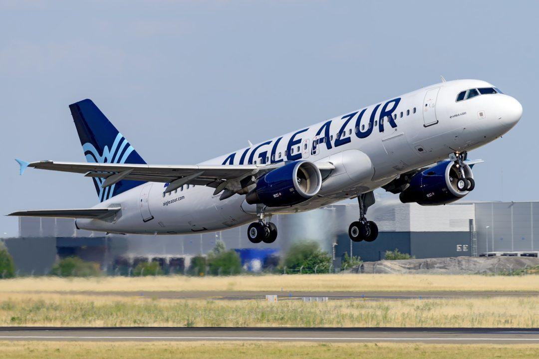 A320 Aigle Azur au décollage à Orly