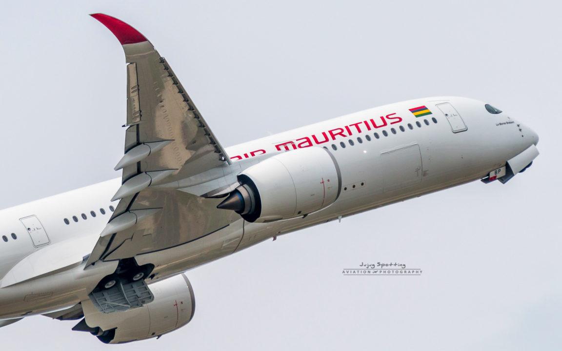 1er Airbus A350 Air Mauritius 3B-NBP Cn 145