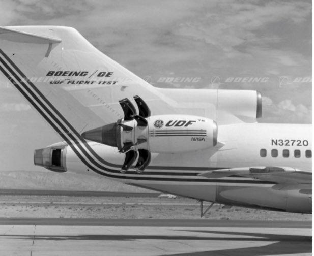 Boeing 727 équipé du prototype GE36