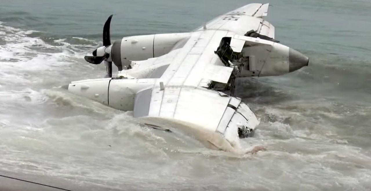 épave de l'Antonov AN-26, immatriculé ER-AVB