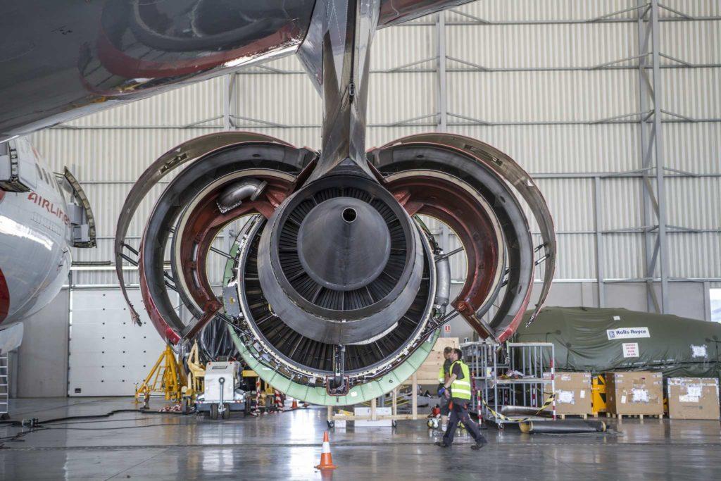 maintenance moteur A340 à Tarbes