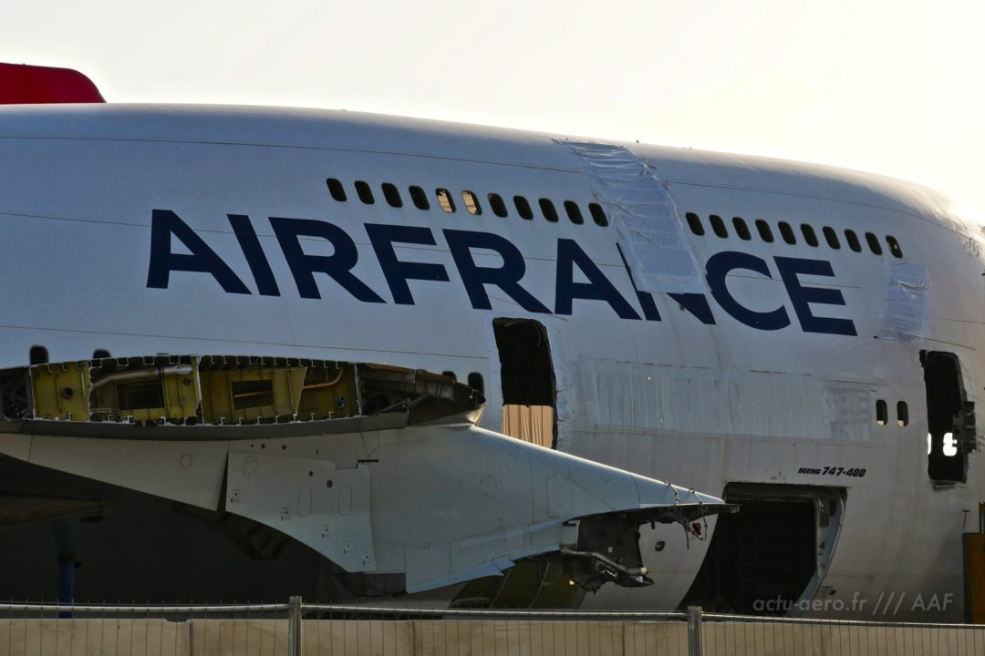 carcasse d'un B747-400 Air France à Tarbes