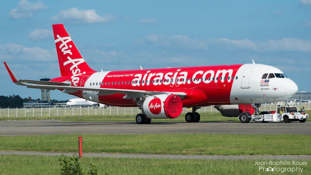 Airbus A320-251N AirAsia 9M-AGF