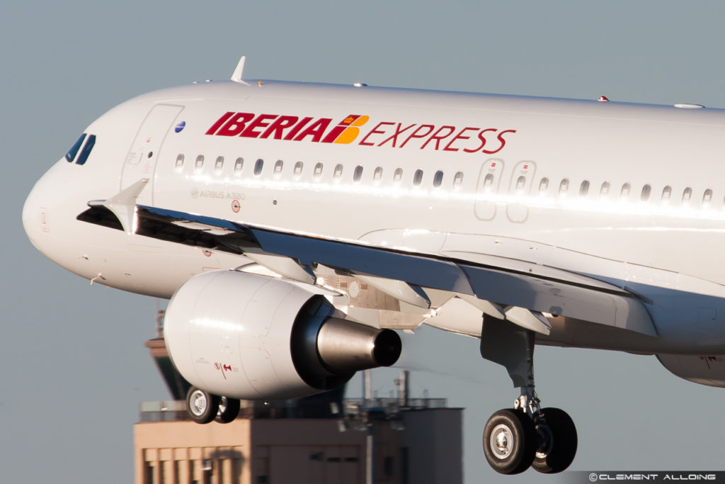 Iberia Express Airbus A320-216 cn 5729 - EC-LYE