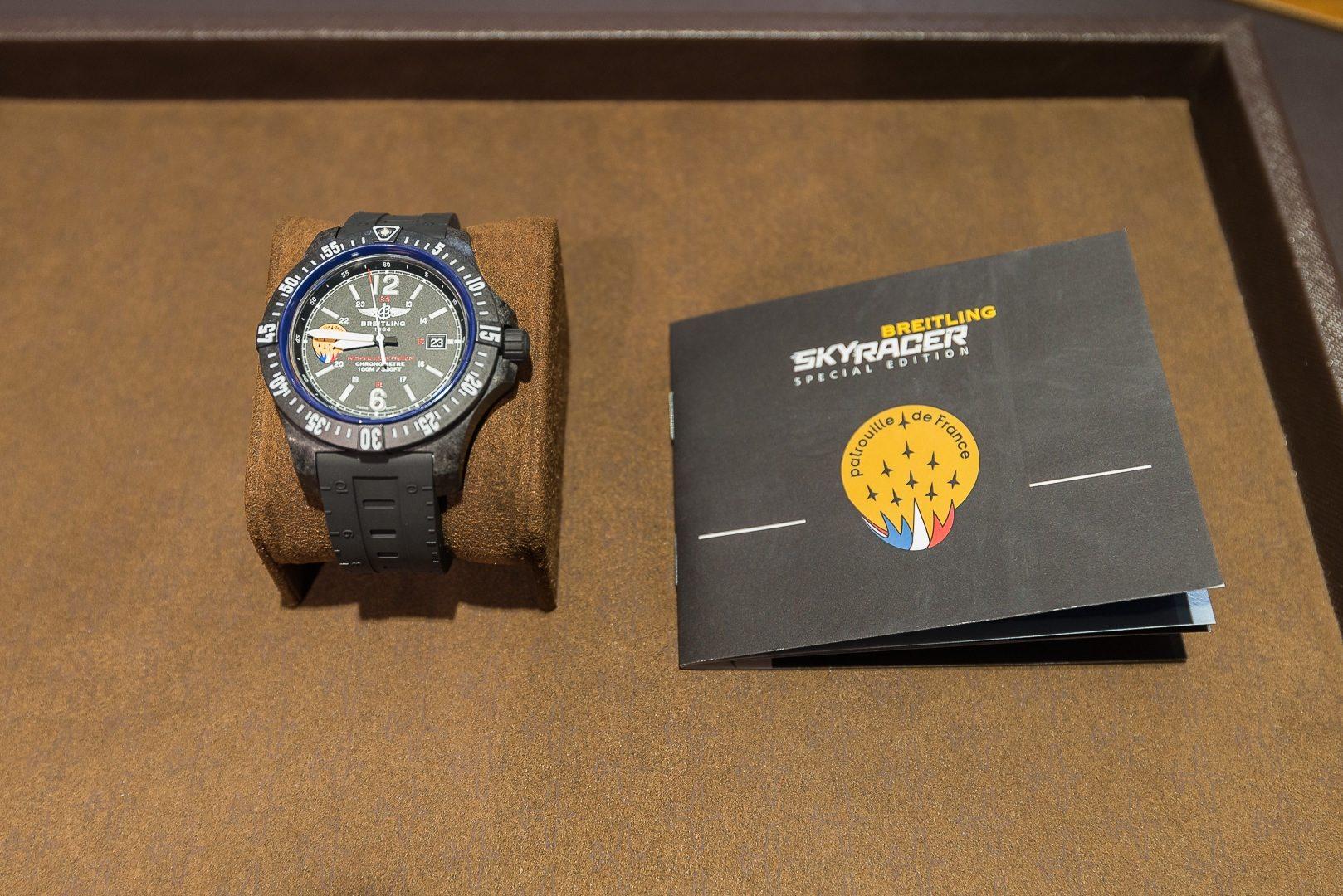 breitling colt skyracer la nouvelle montre de la patrouille de france aaf actualit. Black Bedroom Furniture Sets. Home Design Ideas