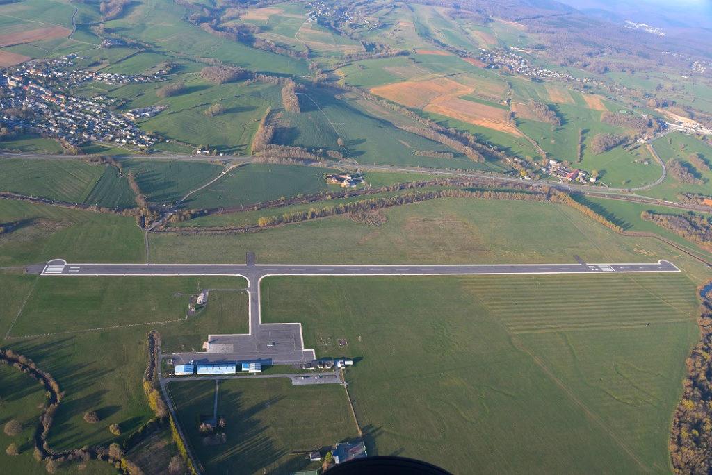 Aérodrome des Ardennes-Étienne Riché