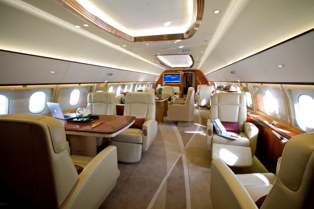cabine de l'ACJ319 Comlux
