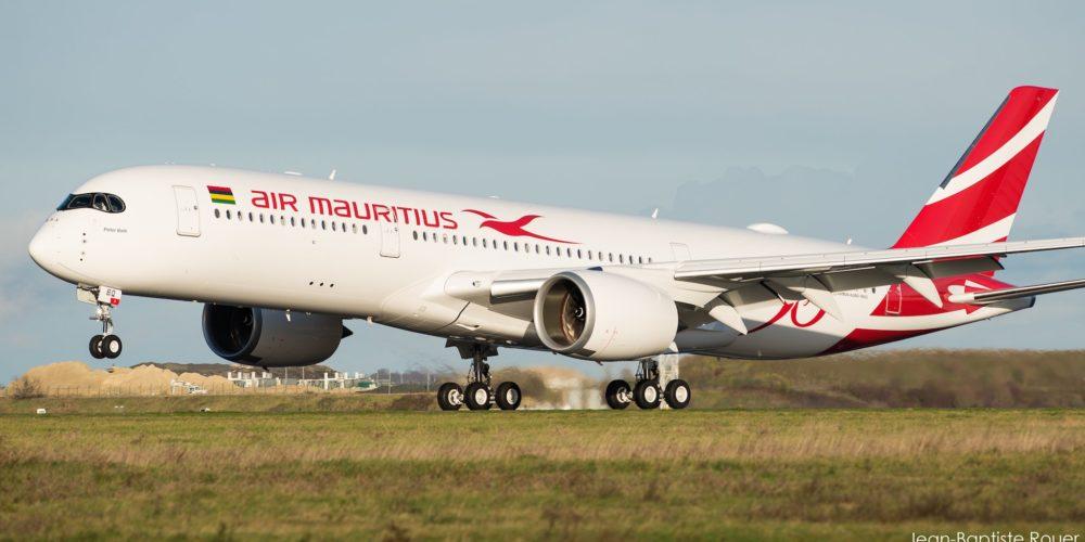Airbus A350 Air Mauritius pris le 25/11/2017 à CDG (c) Jean-Baptiste Rouer - reproduction interdite