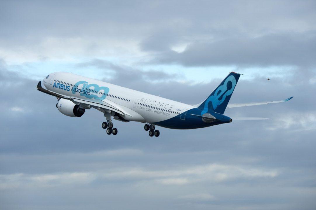 A330-900 F-WTTE au décollage de Toulouse ce matin
