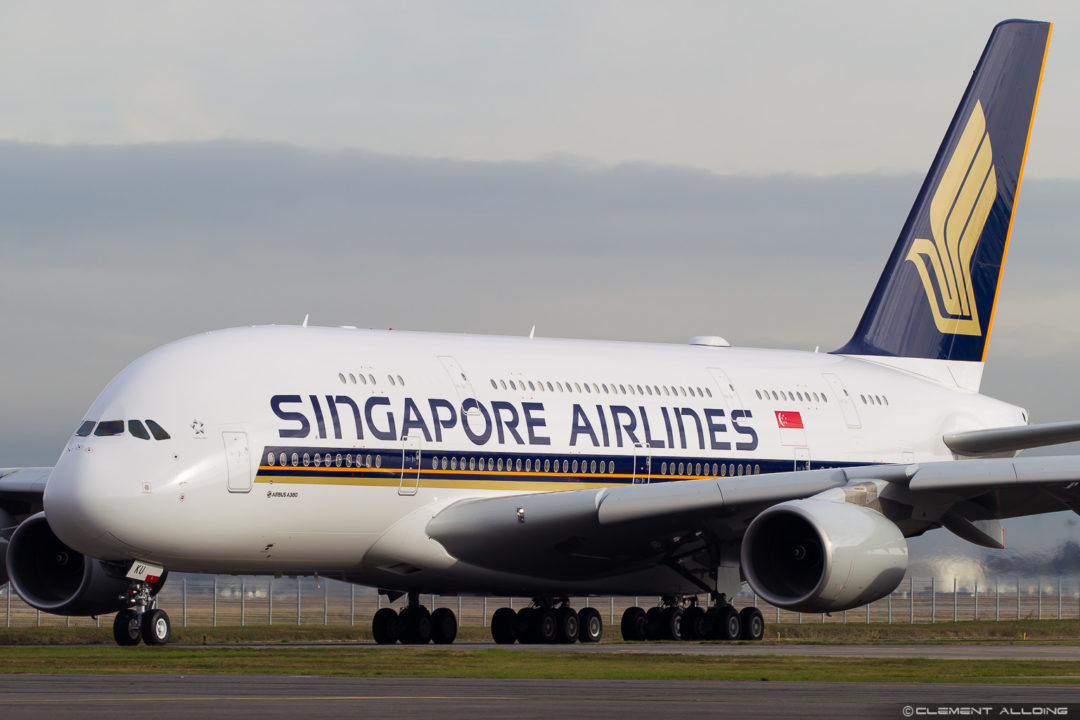 Singapore Airlines Airbus A380-841 cn 243 9V-SKU
