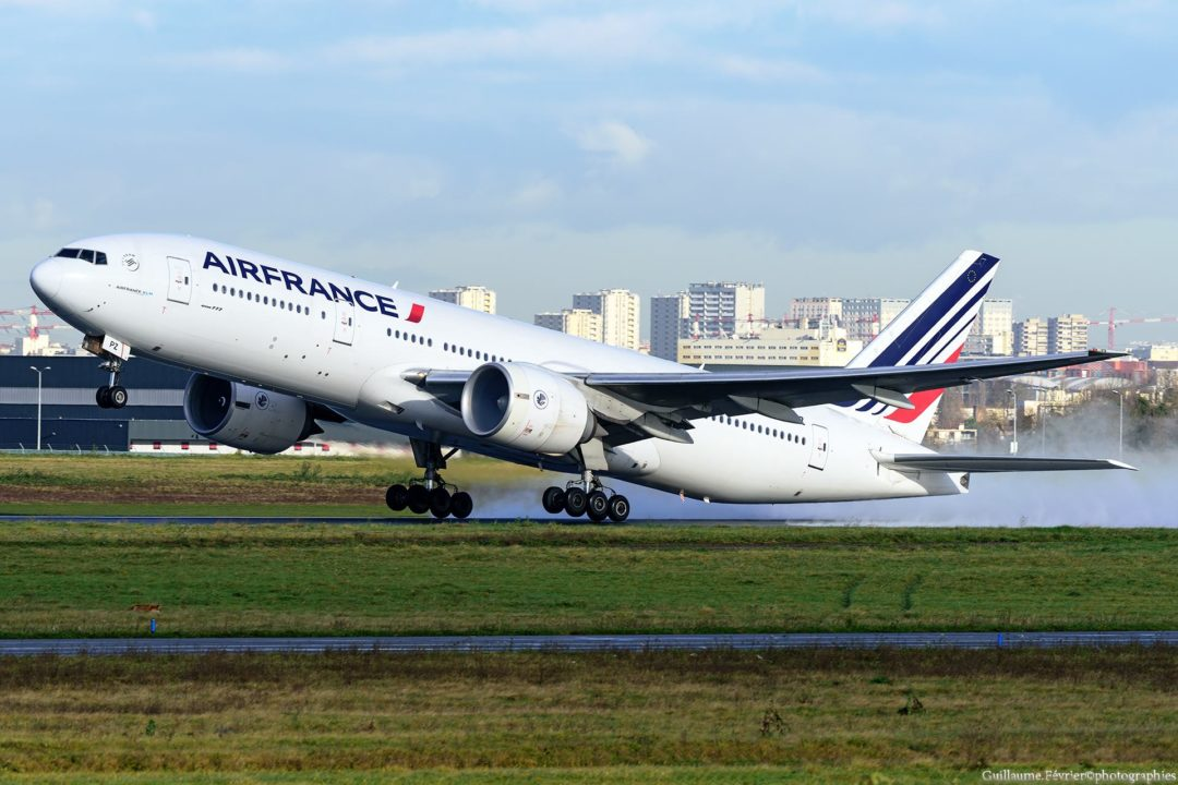 Boeing 777-200 Air France au décollage mardi 12 décembre 2017