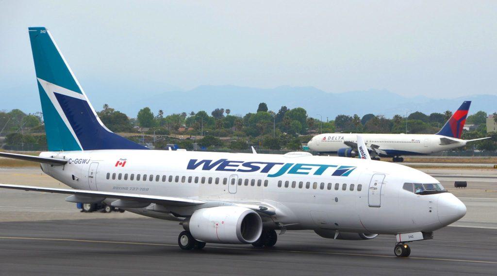 WestJet Boeing 737-7CT