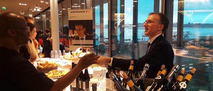 Dégustation dans le salon Air France avec Paolo Basso
