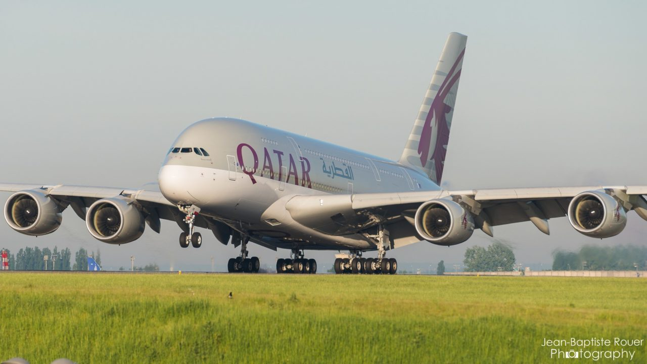 Airbus A380-841 Qatar Airways A7-APB