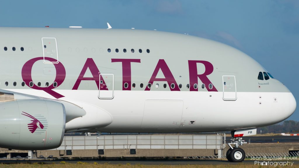 Airbus A380-861 Qatar Airways A7-APB