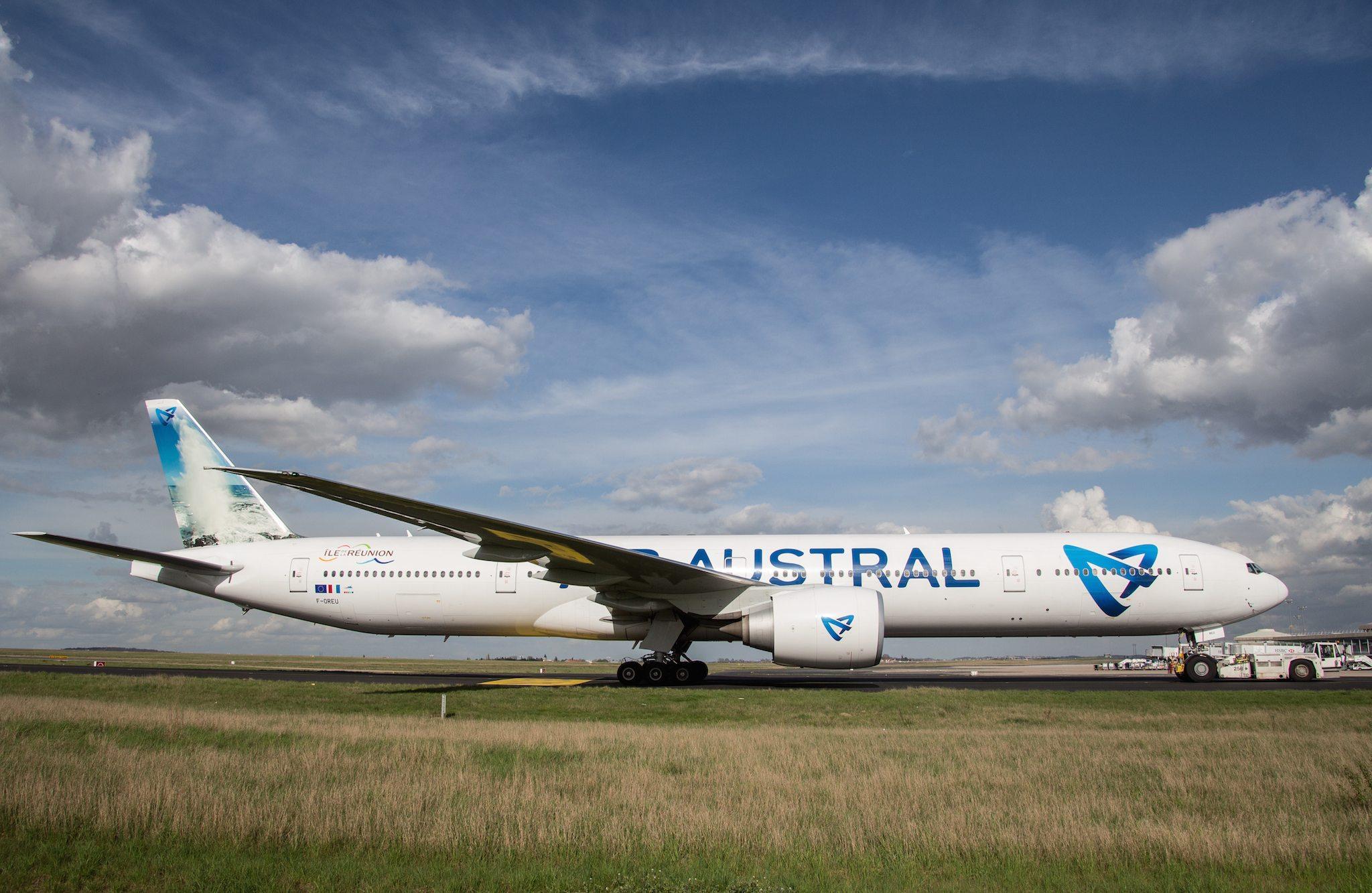 Boeing 777 Air Austral F-OREU