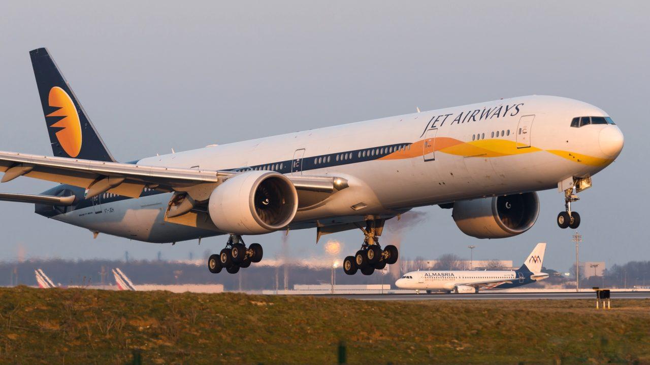 Boeing 777-35R(ER) Jet Airways VT-JEH
