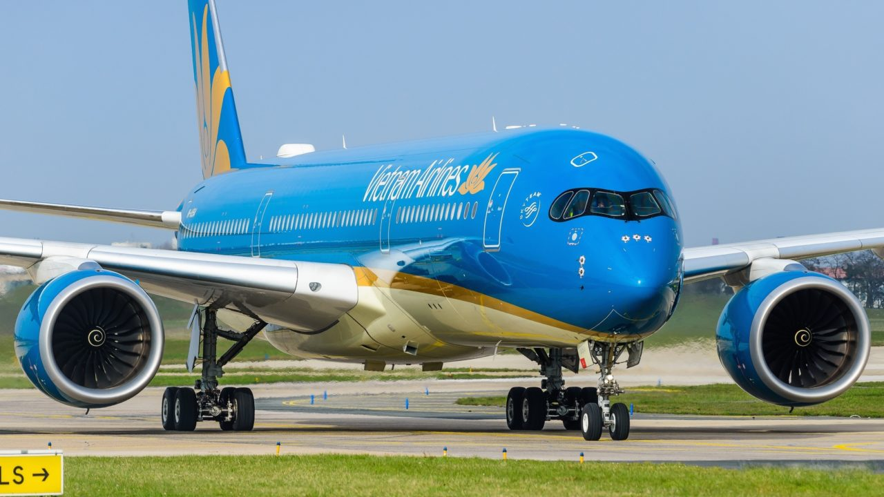 Airbus A350-941 Vietnam Airlines VN-A894