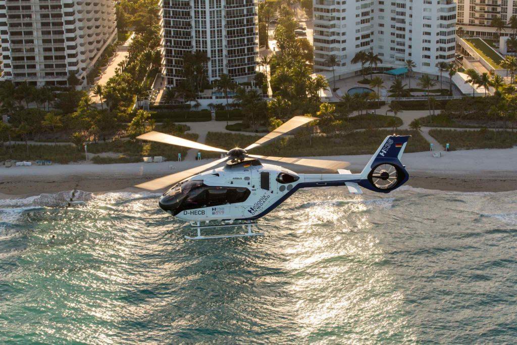 H135 en vol