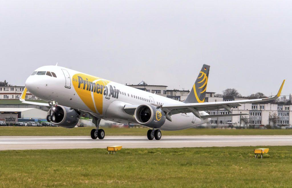 A321neo Primera Air au décollage d'Hambourg