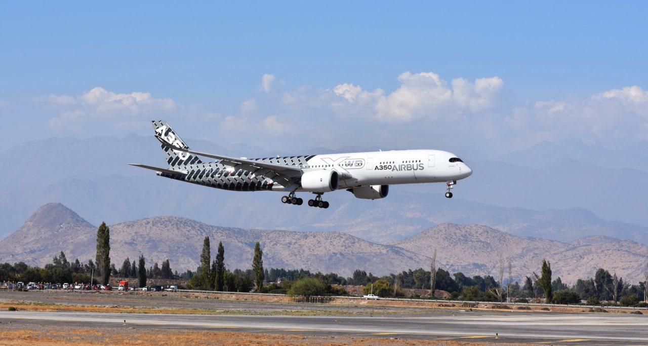 A350-900 MSN002 atterrissage à l'aéroport Arturo Merino Benitez de Santiago, au Chili,